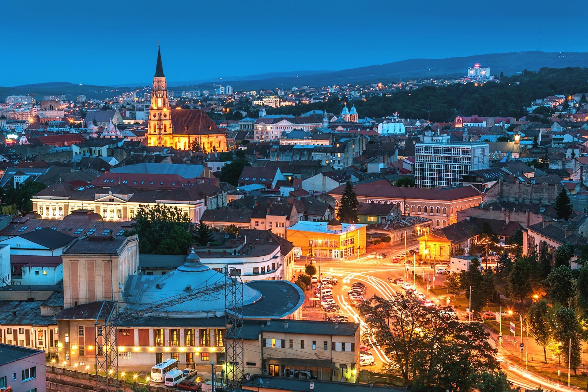 Old city of Cluj-Napoca, night scene